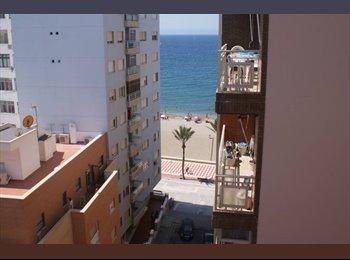 EasyPiso ES - Tenemos dos habitación disponibles. - Centro, Almería - 150 € por mes