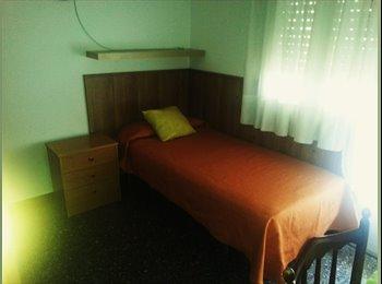 EasyPiso ES - habitacion en les corts, Sarrià-Sant Gervasi - 350 € por mes