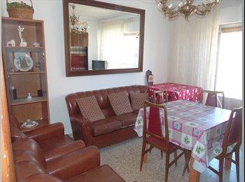 EasyPiso ES - Se alquila piso - San Bernardo - Carmelitas, Salamanca - 650 € por mes