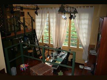EasyPiso ES - Estudio pequeño tipo loft. - Eixample, Barcelona - 350 € por mes