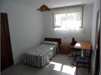 Se alquilan habitaciones Zona universitaria