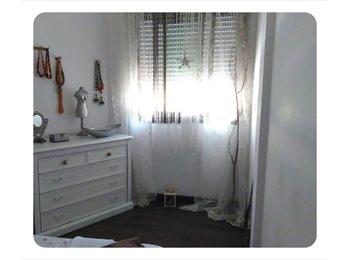 EasyPiso ES - luminosa habitacion - El Prat, Barcelona - 350 € por mes