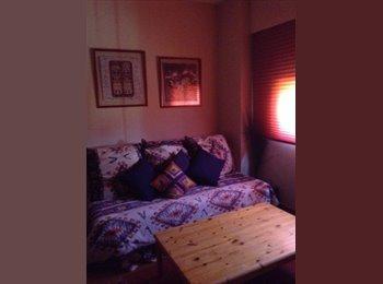 EasyPiso ES - Alquilo habitación  - Fuencarral, Madrid - 390 € por mes
