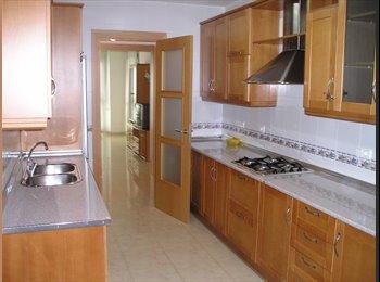 EasyPiso ES - piso nuevo 3 dormitorios. bien situado - Centro, Almería - 183 € por mes