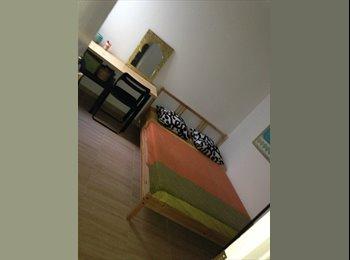 EasyPiso ES - Alquilo habitación 300€ gastos incluidos. - El Prat, Barcelona - 300 € por mes