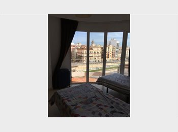 Amplia habitacion en Malaga centro