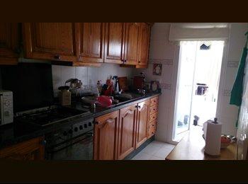 EasyPiso ES - Habitación individual, Santa Eulalia del Rio, Ibiza - 400 € por mes