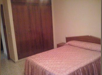 EasyPiso ES - Alquiler de habitación - Centro, Marbella - 300 € por mes