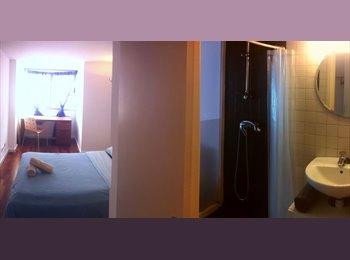EasyPiso ES - Double room Private Bath near La Rambla - Ciutat Vella, Barcelona - 550 € por mes
