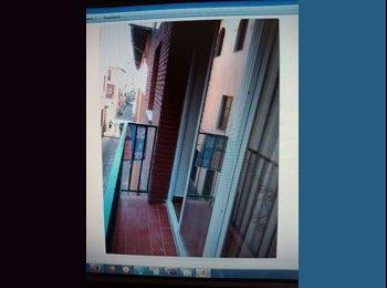 EasyPiso ES - Se busca compañero/a piso - Centro Ciudad, Granada - 165 € por mes