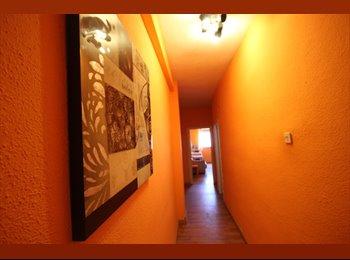 EasyPiso ES - HABITACION BUENISIMA CON BALCON - Centro Ciudad, Granada - 190 € por mes