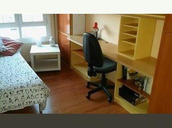 EasyPiso ES - se alquila habitacion en sabadell - Sabadell, Barcelona - 250 € por mes