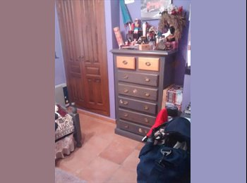 EasyPiso ES - alquilo la habitacion de mi hija - Otras Áreas, Marbella - 300 € por mes