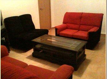 EasyPiso ES - Piso 3 habitaciones en el centro de Córdoba. Ideal estudiantes - Centro Ciudad - Casco Histórico, Córdoba - 500 € por mes