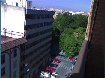 EasyPiso ES - Piso compartido. VALLELLANO. Calle Doctor Barraquer. - Centro Ciudad - Casco Histórico, Córdoba - 200 € por mes
