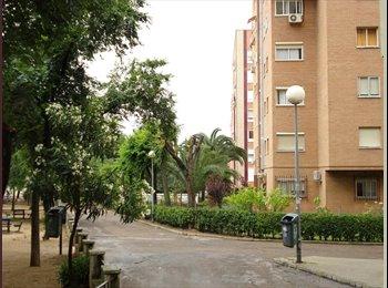 EasyPiso ES - Se alquila habitacion  - Centro, Cáceres - 126 € por mes