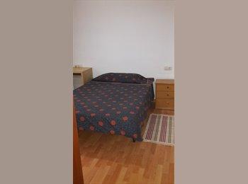 Habitación doble en Castelldefels