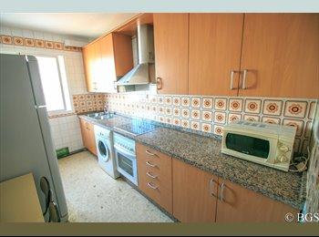 EasyPiso ES - Habitaciones cerca de las Facultades - Centro, Cádiz - 235 € por mes