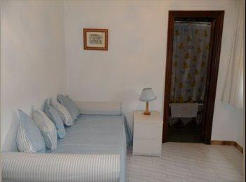 EasyPiso ES - Habitación con baño propio y ascensor junto al Rectorado - Centro Ciudad, Sevilla - 280 € por mes
