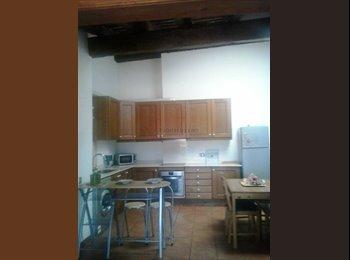 EasyPiso ES - Precioso Ático en Altafulla Pueblo - Otras Áreas, Tarragona - 250 € por mes