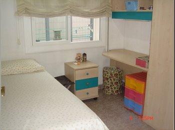 EasyPiso ES - Bonita habitación para chica en alquiler, Sant Andreu - 330 € por mes