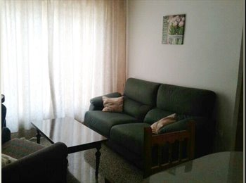 EasyPiso ES - Alquiler de Habitacion estudiante chica curso 16/17, Granada - 180 € por mes