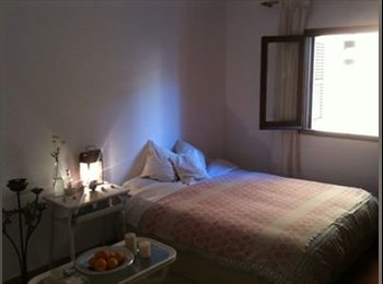Dos Habitacion libre en Vara de Rey en Ibiza