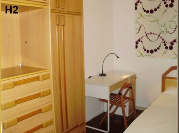 EasyPiso ES - Habitación para chicas en Barcelona - Sarrià-Sant Gervasi, Barcelona - 350 € por mes