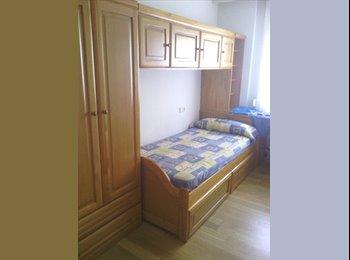 EasyPiso ES - Habitación en piso de estudiantes - Centro Ciudad, Salamanca - 215 € por mes