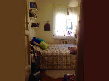 EasyPiso ES - Habitacion en atico en La Latina - Latina, Madrid - 330 € por mes