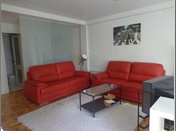Alquiler de 2 habitaciones en piso moderno cerca de la UNAV