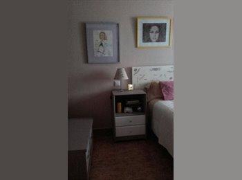 Alquilo habitación doble por días. 25€ persona y día...