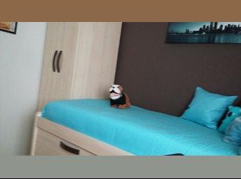 EasyPiso ES - Se aquila habitación - Otras Áreas, Granada - 150 € por mes