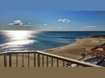 EasyPiso ES - Luminosa y completa habitación (Vista al Mar), El Campello - 200 € por mes