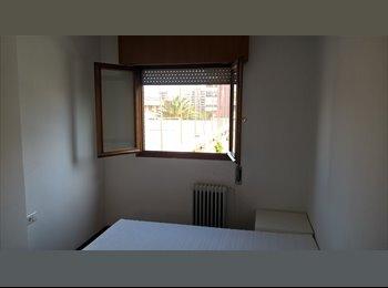 EasyPiso ES - Habitación disponible en finca de lujo, Zaragoza - 385 € por mes