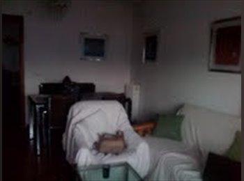 EasyPiso ES - Alquilo piso estudiantes Ciudad Jardin - Otras Áreas, Córdoba - 700 € por mes
