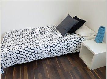 EasyPiso ES - **BEAUTIFUL ROOM IN BRAND NEW APARTMENT***** - Sarrià-Sant Gervasi, Barcelona - 525 € por mes