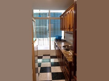 EasyPiso ES - habitación libre en una piso compartido en el centro - Centro Ciudad, Granada - 240 € por mes