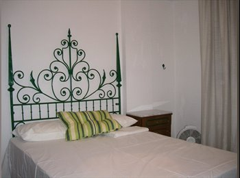 EasyPiso ES - Habitaciones para estudiantes en Ciudad Jardin, Córdoba - 225 € por mes