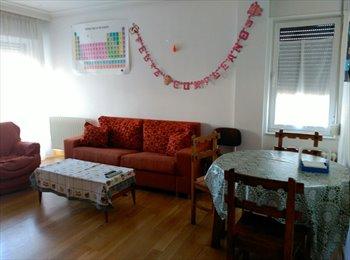 EasyPiso ES - Dos chicas busco compañera en piso nuevo, Salamanca - 210 € por mes
