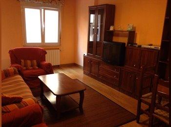 EasyPiso ES - Se alquila habitación Plaza del Oeste, Salamanca - 250 € por mes