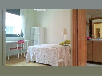 EasyPiso ES - Hab doble con baño privado. Cerca de Estación Sants, Barcelona - 675 € por mes