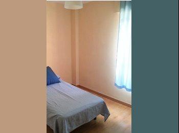 EasyPiso ES - Urgente! Buscamos chica para habitación compartida en barrio salamanca., Madrid - 337 € por mes