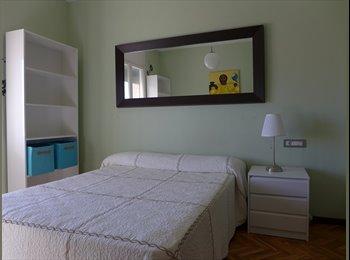 EasyPiso ES - Habitación en zona alta de Barcelona (ID1515) - Avinguda Tibidabo, Sarria, Bonanova, Balmes, Barcelona - 650 € por mes