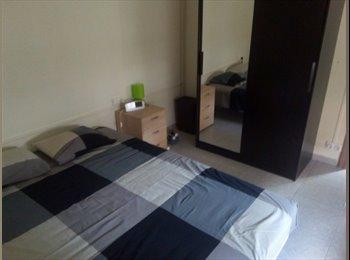 EasyPiso ES - Comparto piso con chica Granollers, Granollers - 150 € por mes