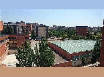 EasyPiso ES - Alquilo Habitación Zona Parque Yamaguchi, Spain - 300 € por mes
