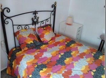 EasyPiso ES - magnifica habitación en el centro de cádiz, Cádiz - 300 € por mes