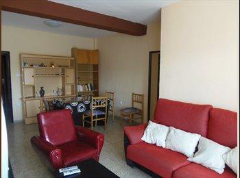 EasyPiso ES - Alquiler habitaciones Calle Antonio López Sancho, Granada - 130 € por mes