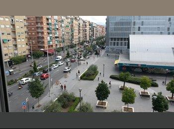 EasyPiso ES - Alquiler habitaciones estudiantes, chicas, Camino de Ronda 99, Granada - 180 € por mes