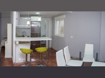 EasyPiso ES - PISO DE LUJO DE DOS DORMITORIOS EN PLENO CENTRO JUNTO A RONDA DE LOS TEJARES, Córdoba - 650 € por mes